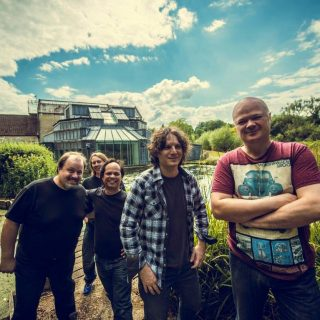 steve-rothery-band-rooster